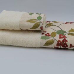 asciugamano spugna con bordo floreale